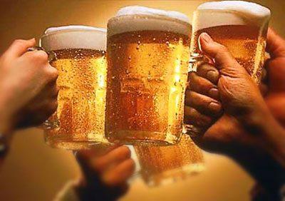mit Krampfadern in der Lage sein Bier zu trinken